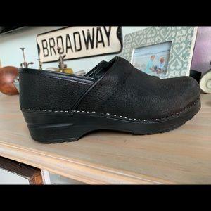 Sanita leather clog